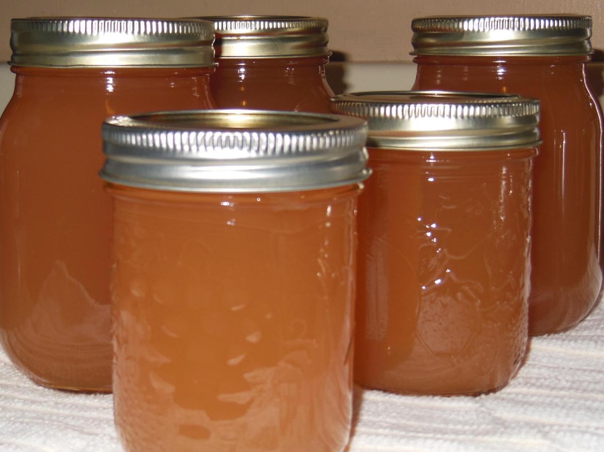 Making Crab Apple Juice for Pectin