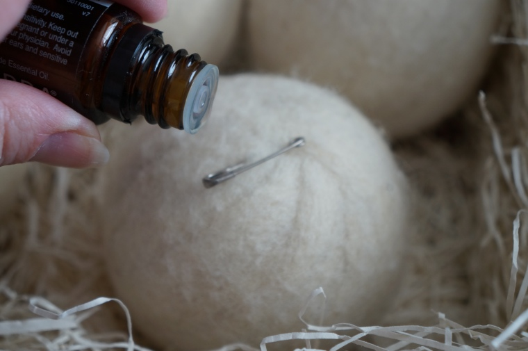 Alternative to Dryer Sheets, Wool Dryer Balls with Essential Oils